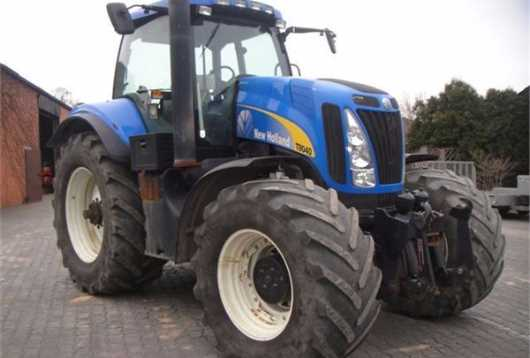 New Holland - T8040